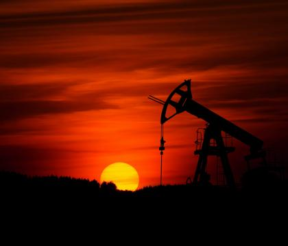 The Contradictory Influence of Low Oil Prices